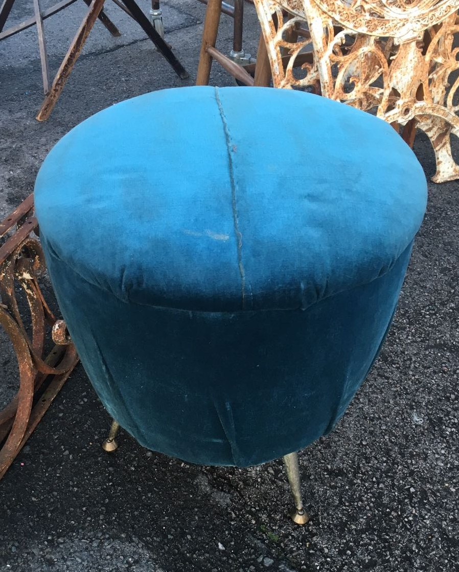 DIY UPHOLSTERED FOOTSTOOL