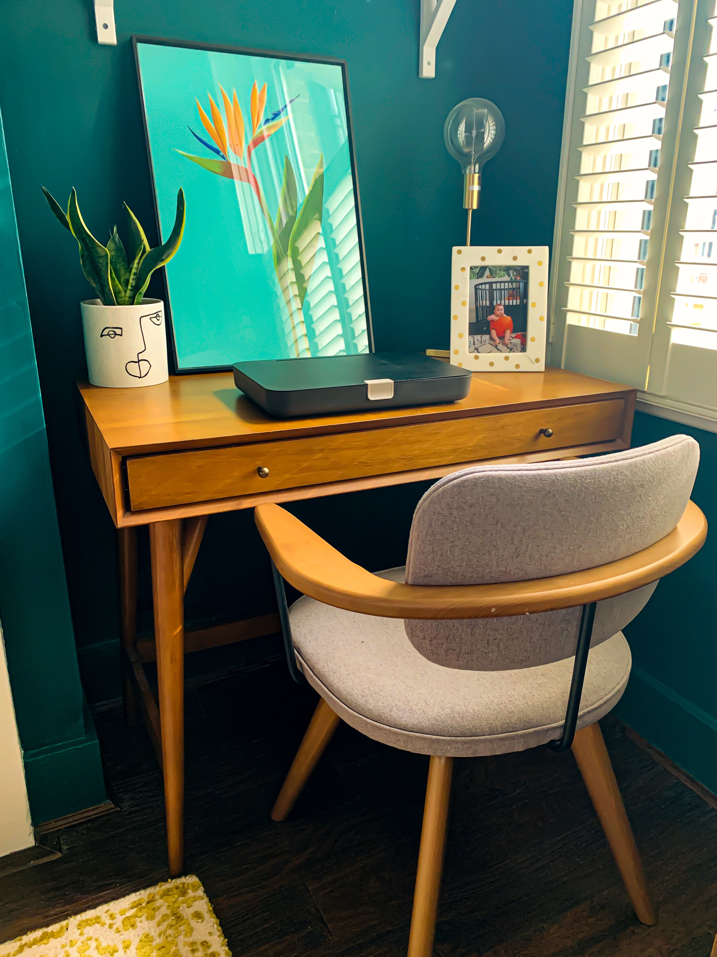 West Elm mid Century des   k £319;    Dataflex Bento box $99    J   ohn Lewis office chair    £399;