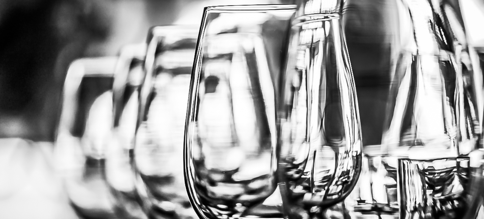 103_Maison-dAmis-wine-bw_Joseph-Barber-Photography.jpg