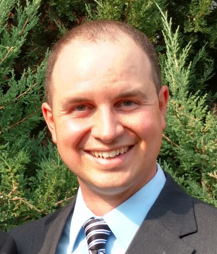 Barry Desain ( @MrDSci )  Instructional Technology Specialist