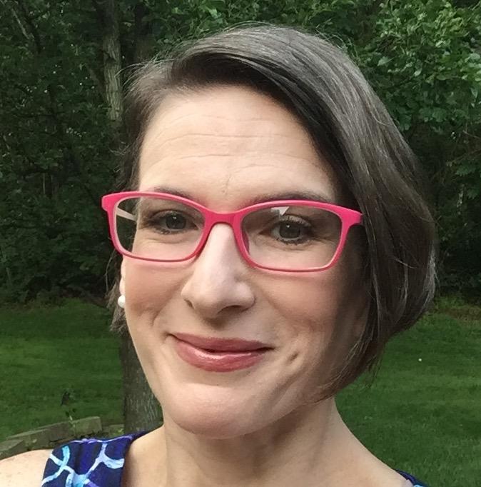 Lisa Scumpieru (@LScumpieru)  10th grade English Teacher
