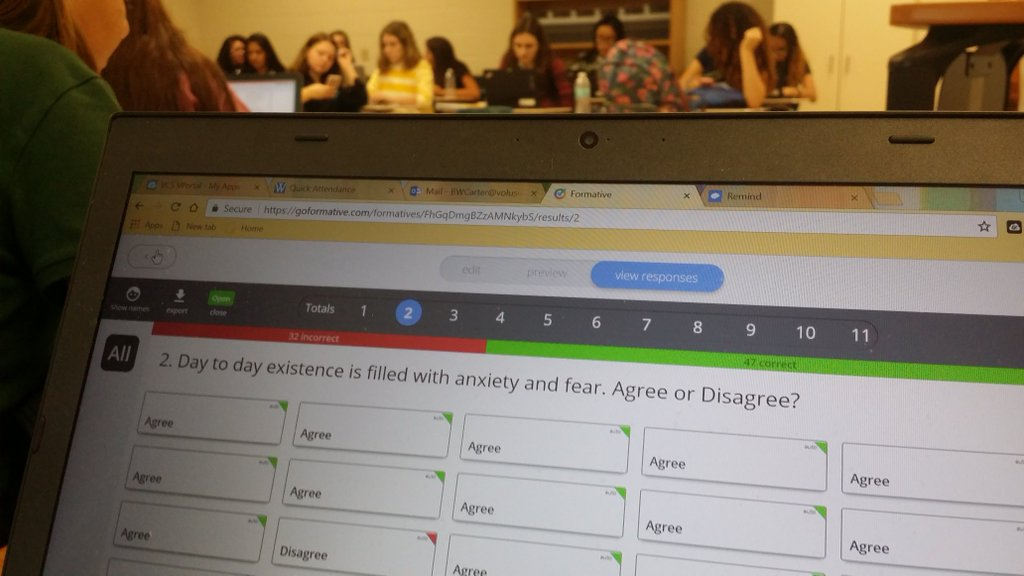 Ben monitoring live responses!