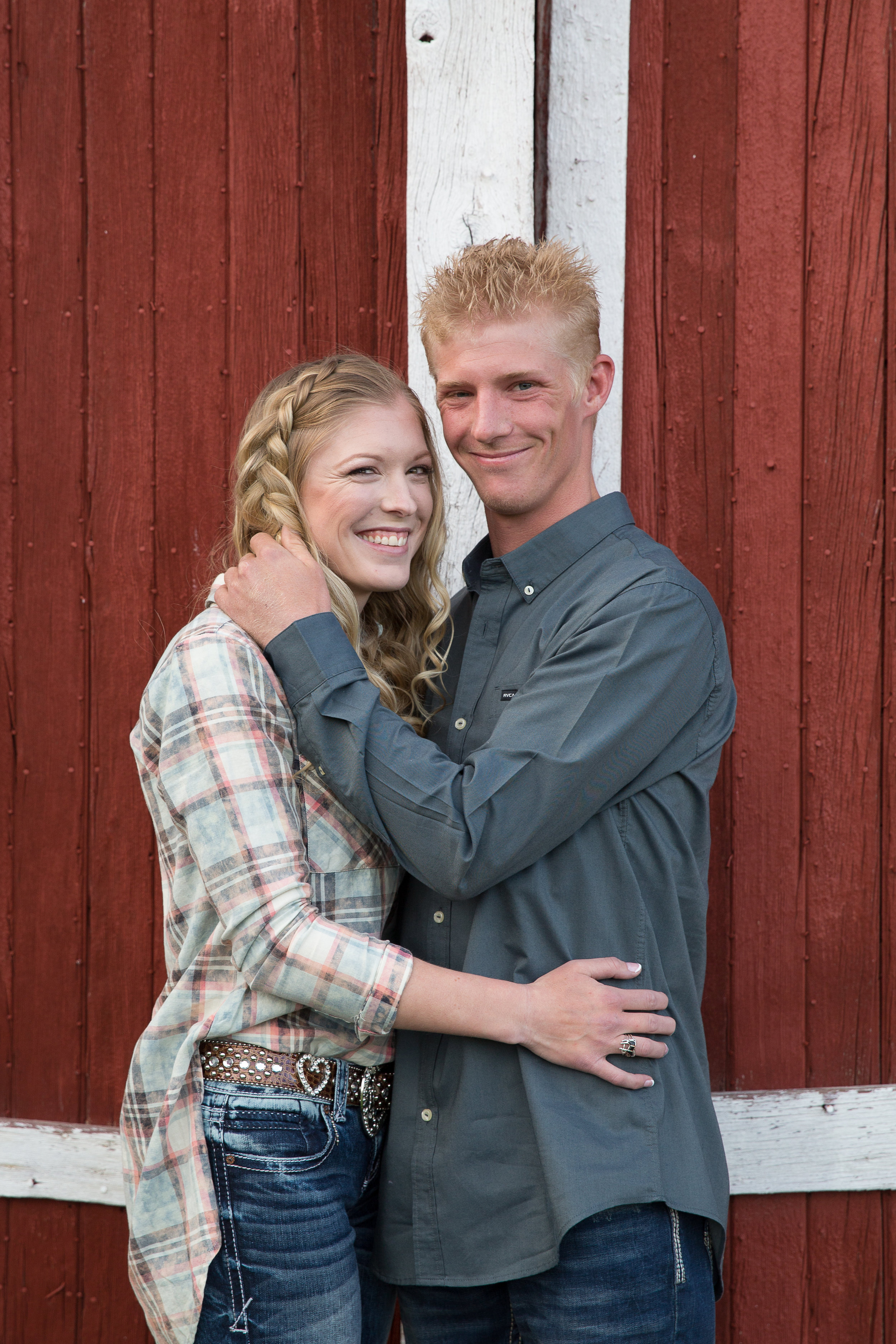 Brandi and Mike Country Engagements -8.jpg
