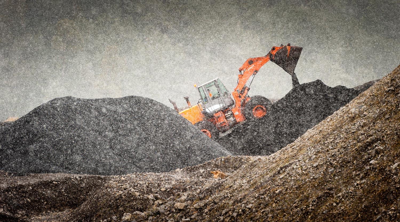 well-i_ve-been-working-in-a-coal-mine.jpg