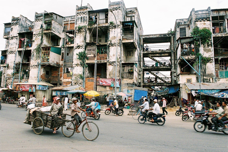 holiday-in-cambodia-01.jpg