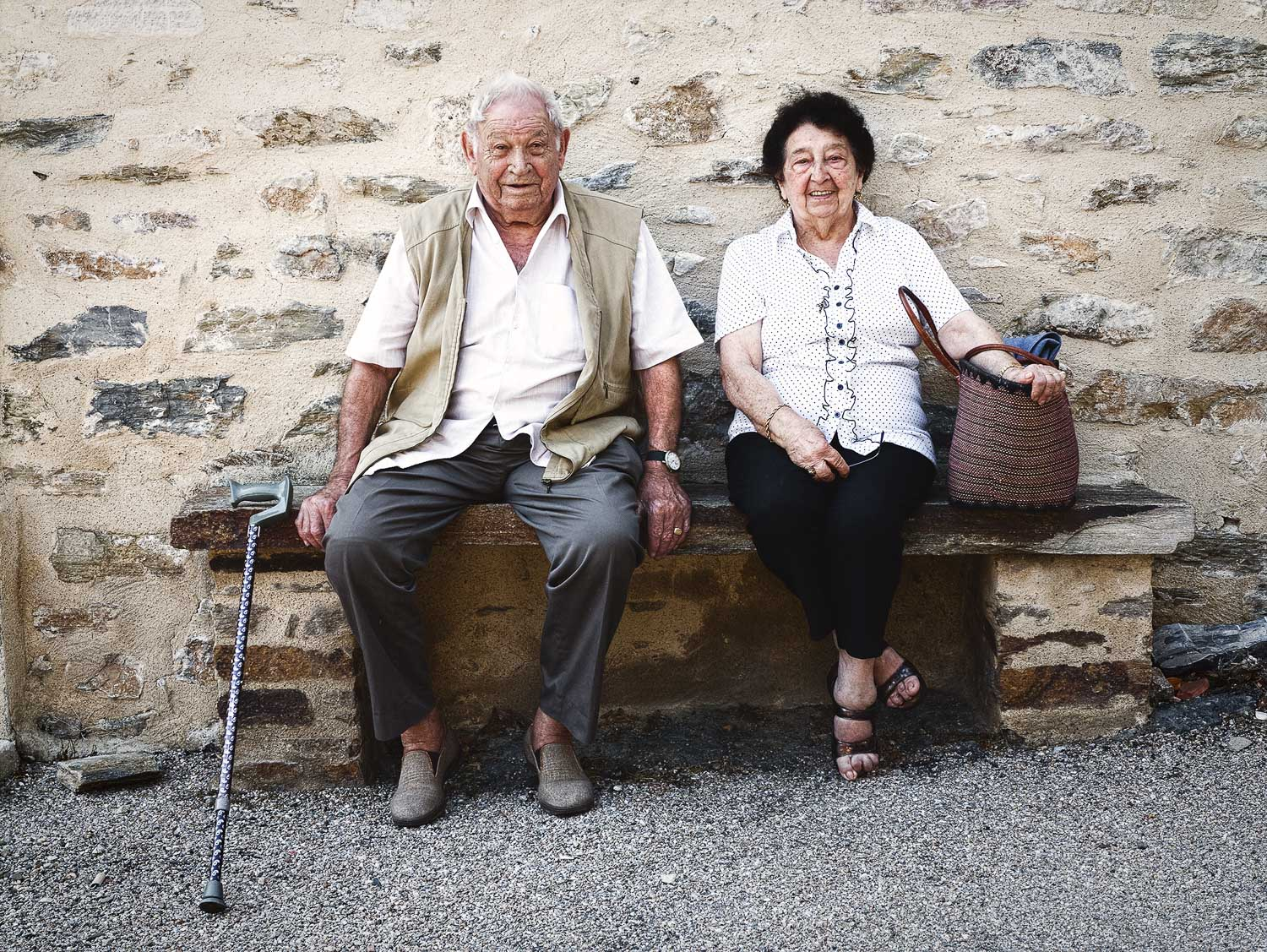 cute-old-couple-france.jpg