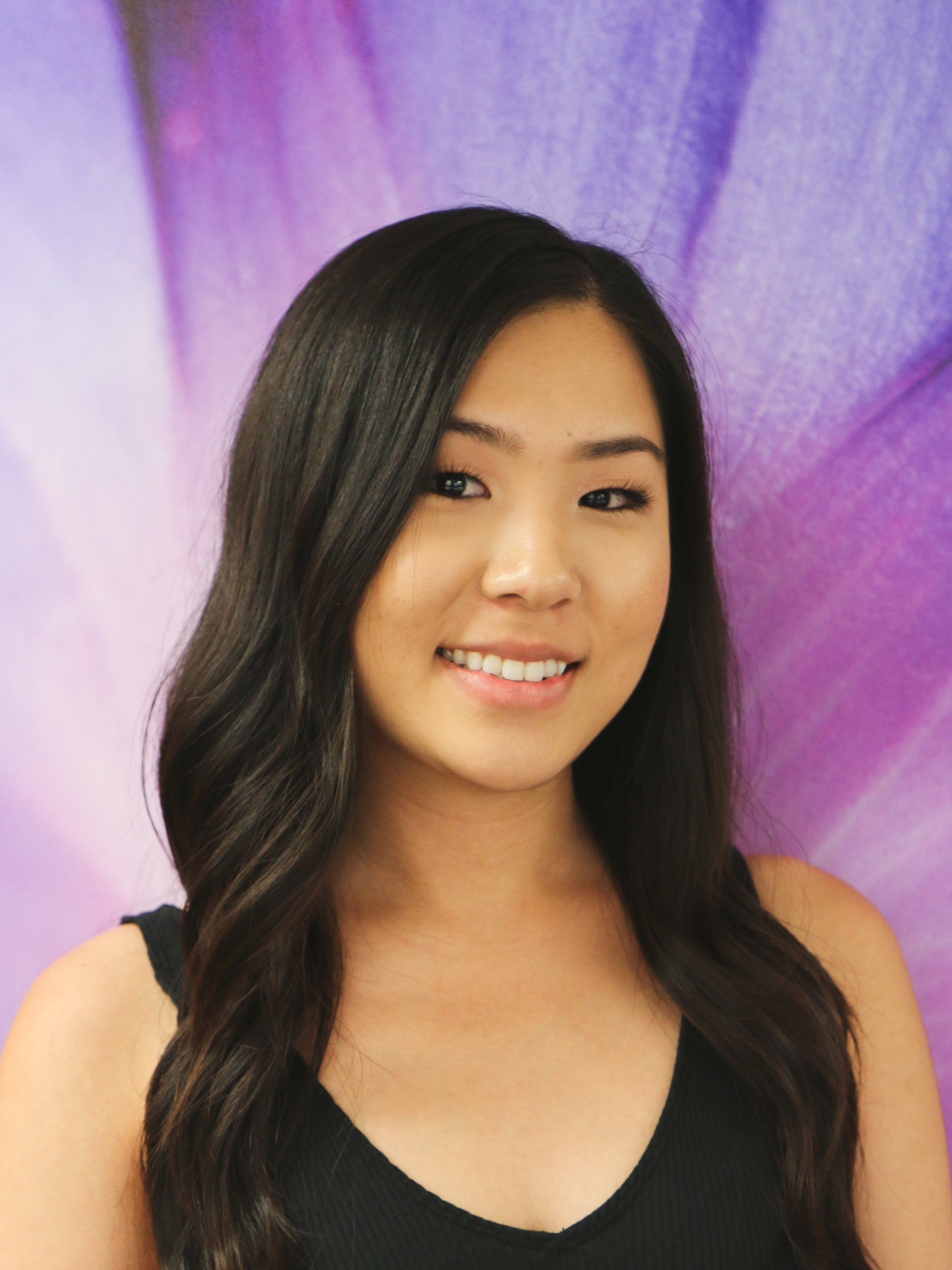PROGRAMS & FUNDRAISING CO-CHAIR    Kyli Kim   Marketing Assistant Simplicity HR by ALTRES    What would you like to see more of in Advertising in Hawaii?   I would like to see more local businesses utilizing social media to their advantage. It could be a great way for them to build brand awareness and engage with their customers.