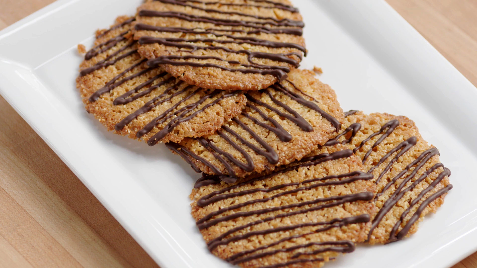 CSO_Selects_0000s_0034_CSO_1811_Intro_Cookies_16x9_25mbps.mp4.00_00_24_16.Still013.jpg