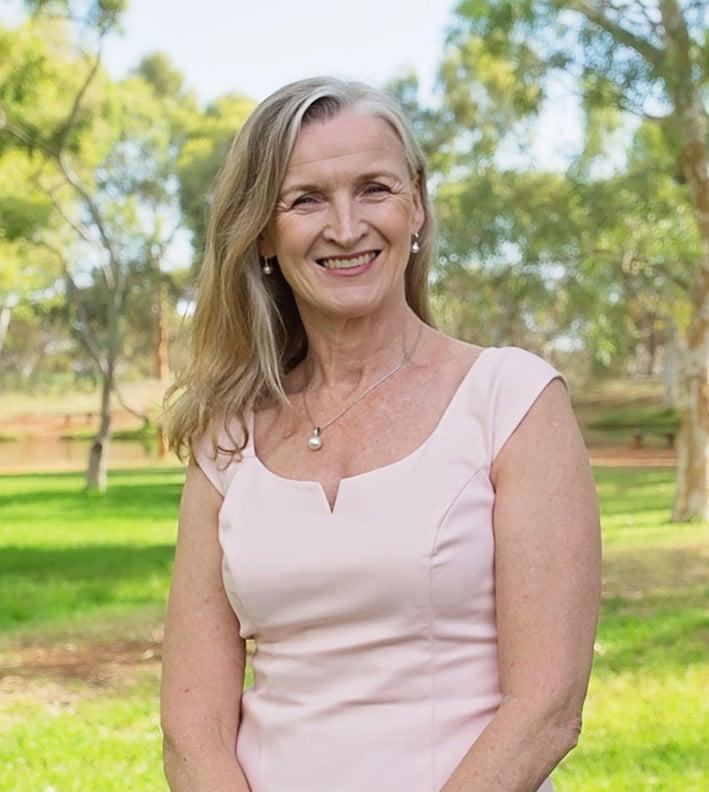 Heather Lowndes   Registered Psychologist