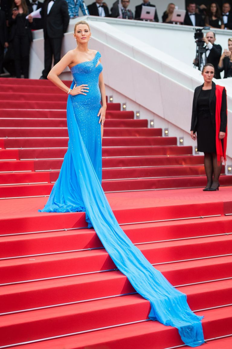 Need We Say MORE!?!?! A beautifully pregnant Blake Lively SLAYYYYYYS in powder blue Atelier Versace