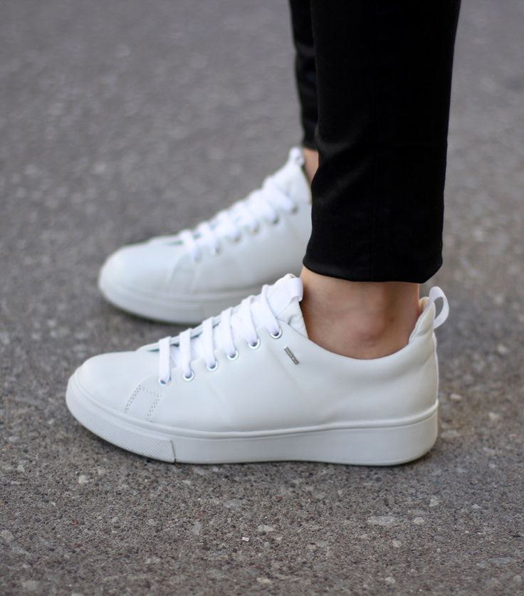 Ultra Chic Sneaks  - Original Stan Smiths