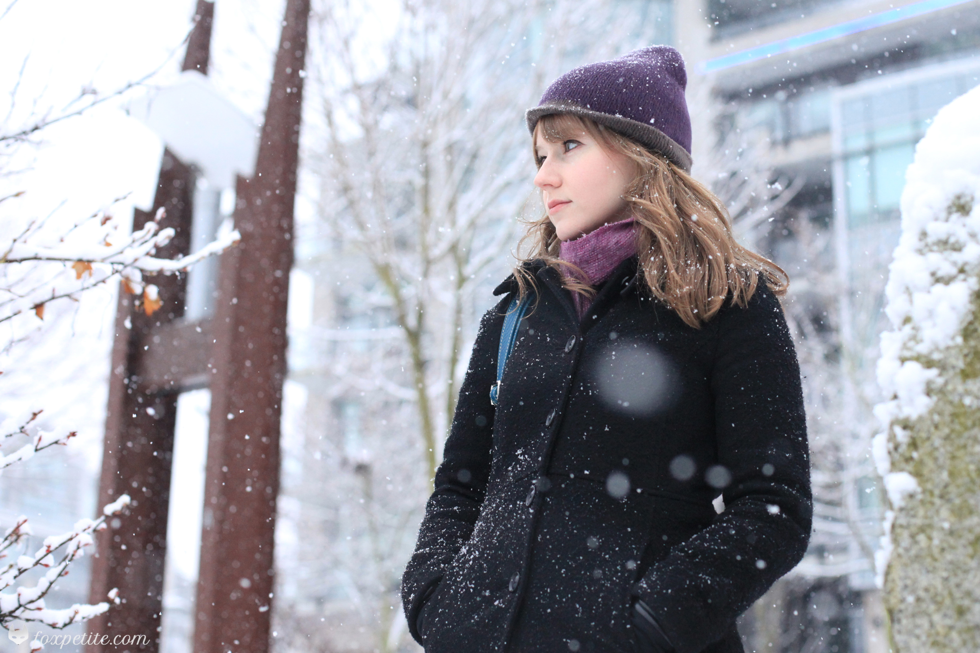 Fox Petite - Winterbourne Alpaca Scarf and Hat with Aritzia black coat in the snow