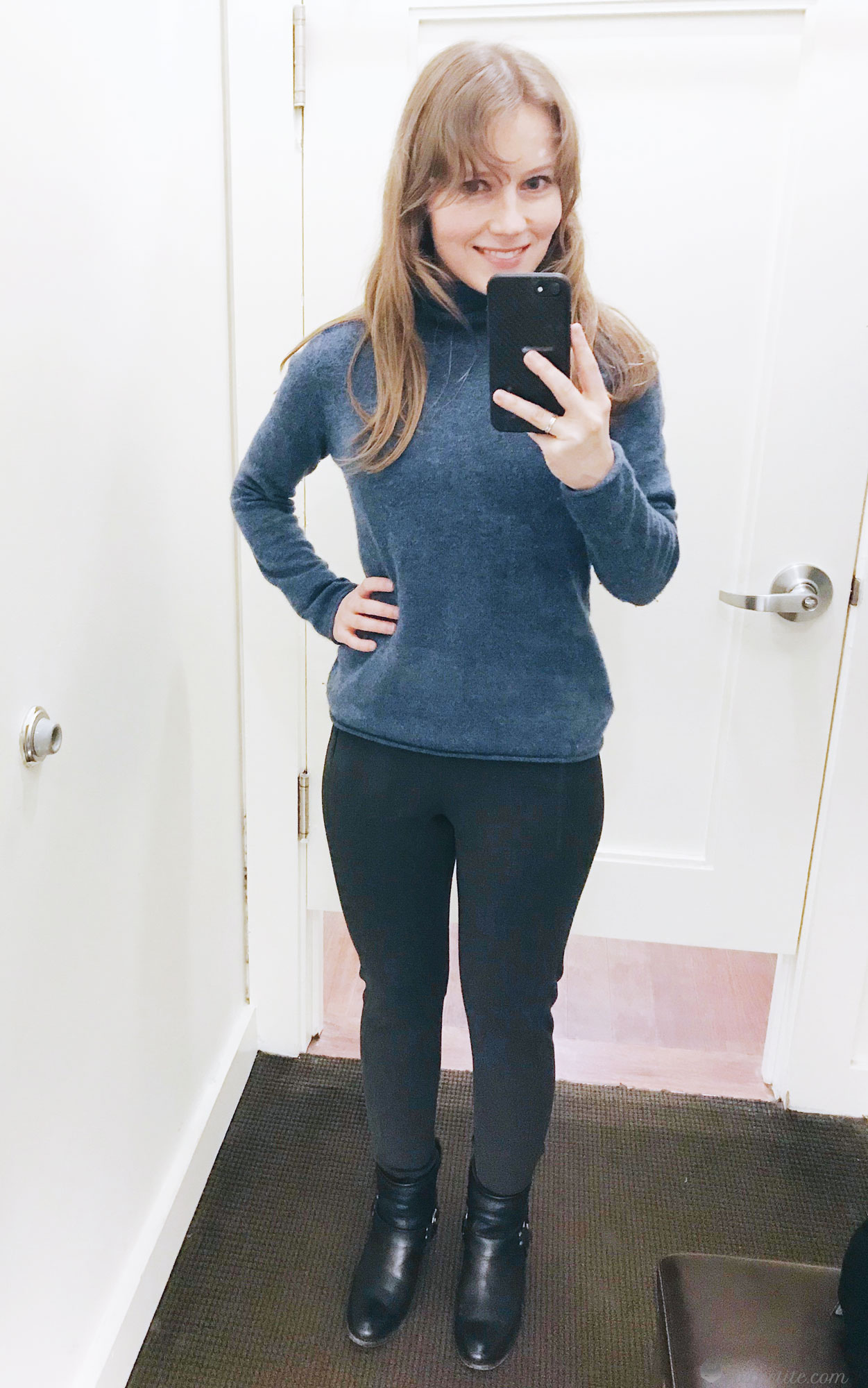 Devon Legging-Fit  Washable Heathered Bi-Stretch Ankle Pant in 00 Petite - here's how they look paired with a sweater (currently sold out, but it's this M BY MAGASCHONI petite  Turtleneck )
