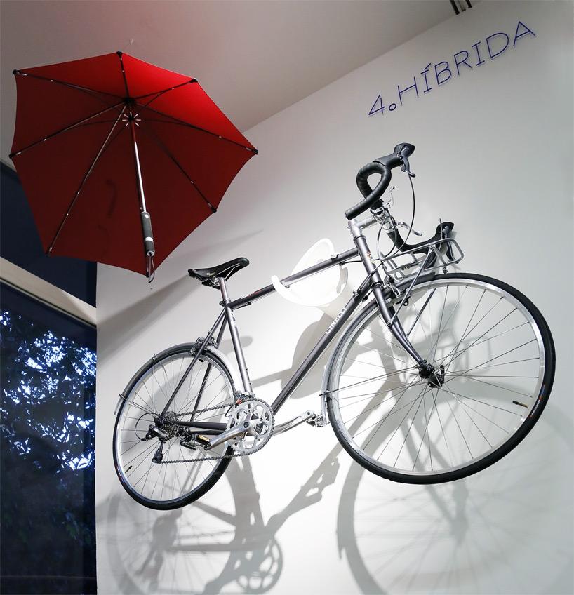 cyclists-traces-bike-exhibition-mexico-city-fernando-romero-designboom-09.jpg