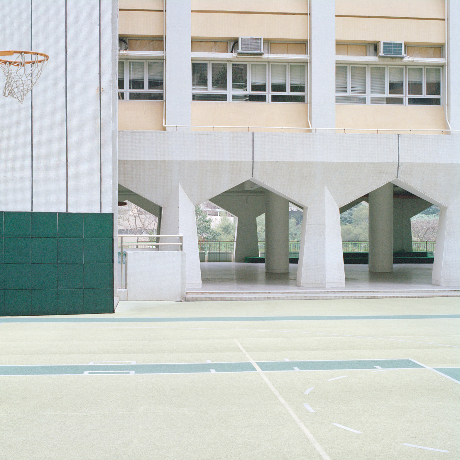 courts-by-ward-roberts_dezeen_1568_34.jpg