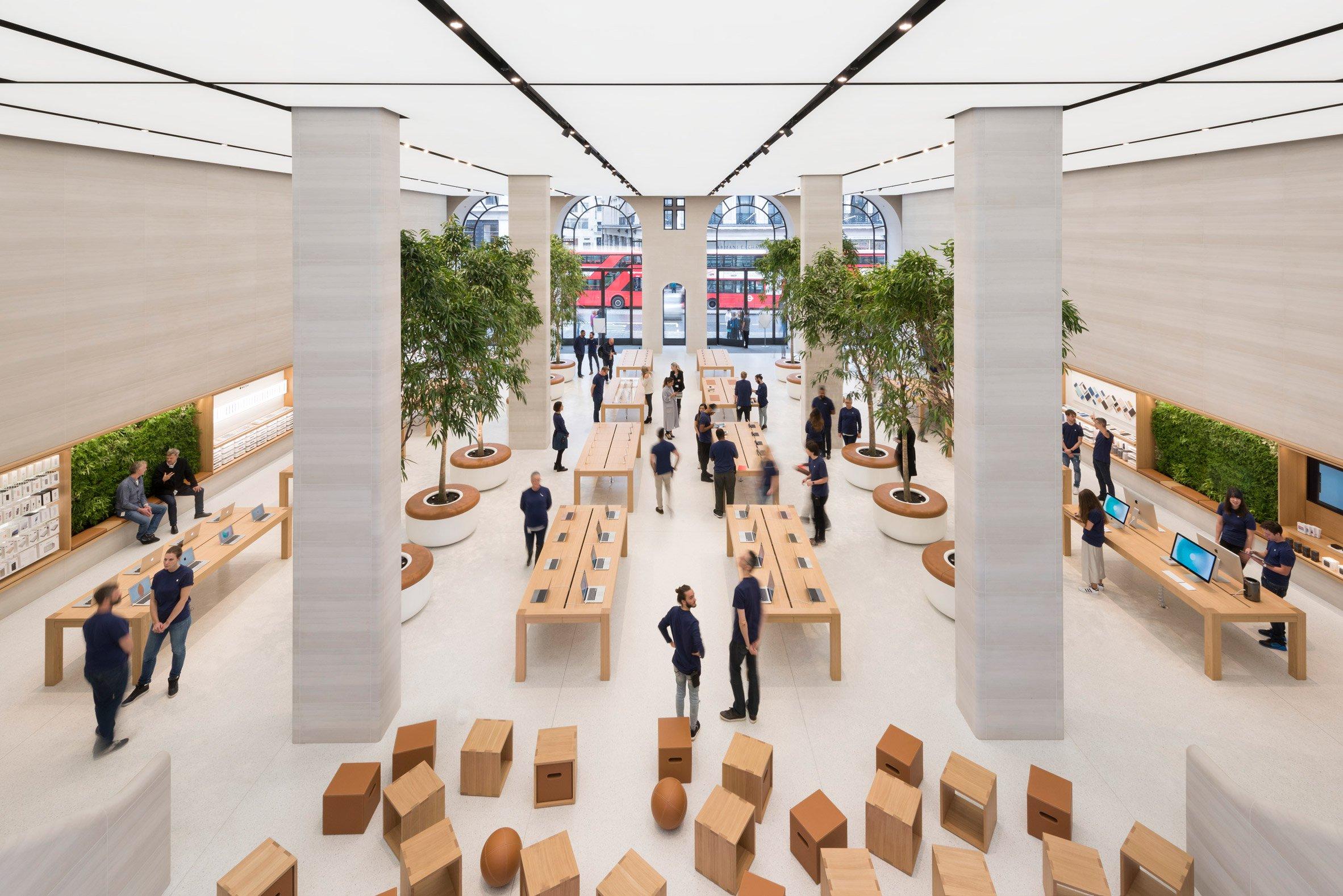 apple-regent-street-foster-partners-london_dezeen_2364_col_4.jpg