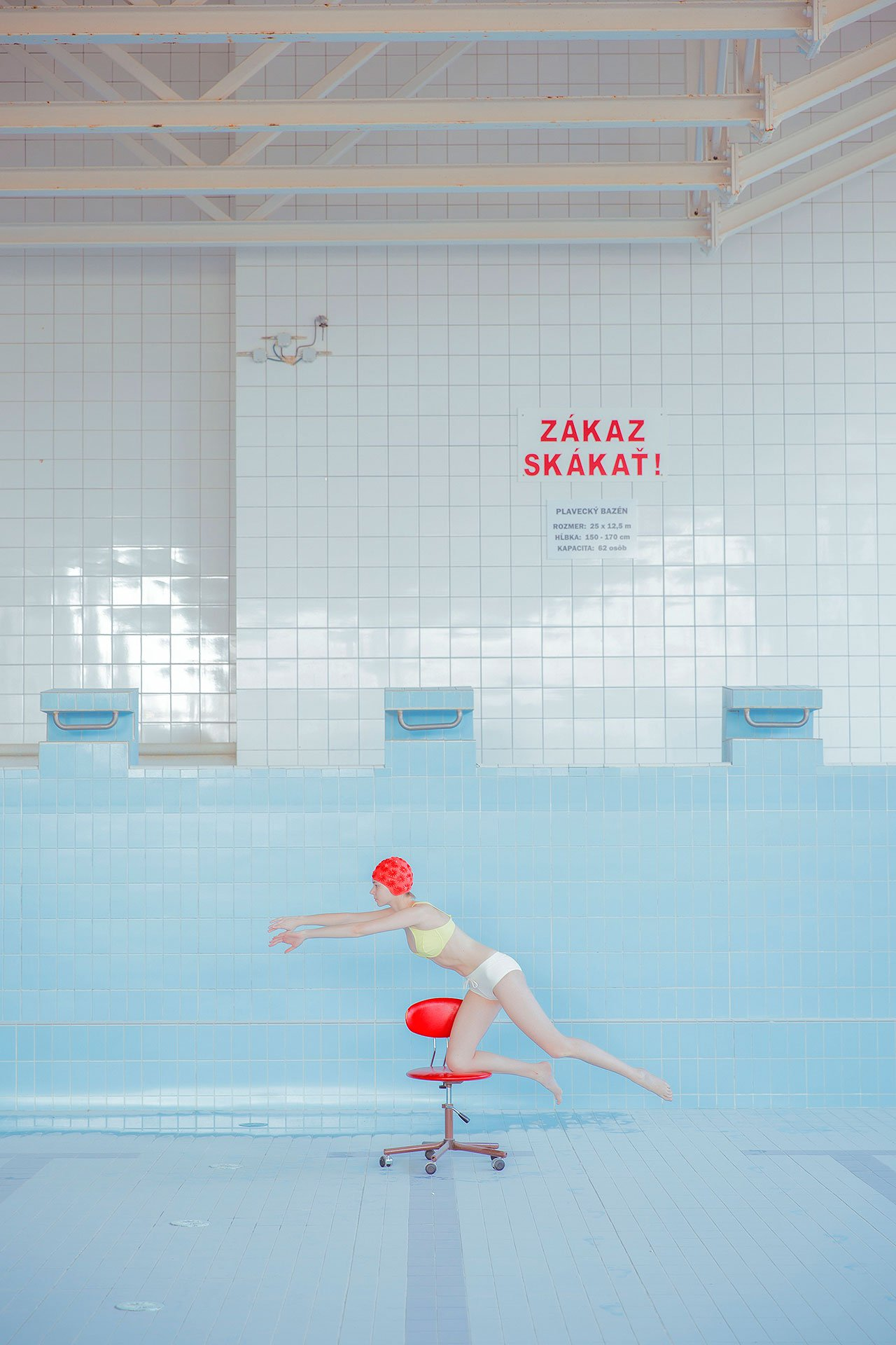 s1_maria_svarbova_pool_without_water_yatzer.jpg