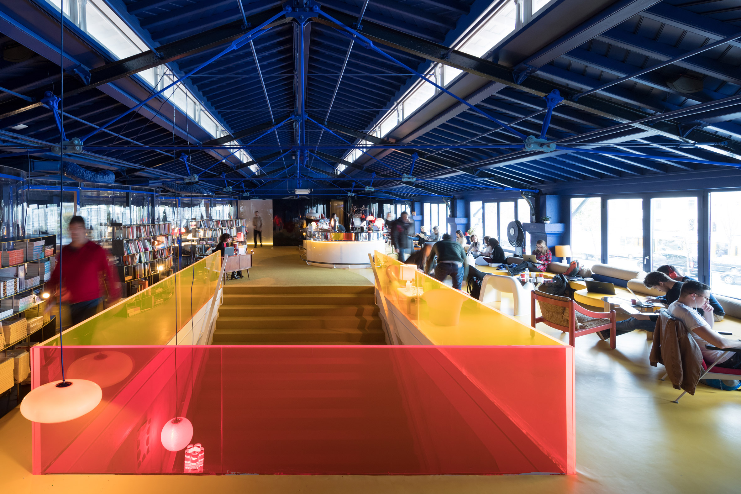 second-home-lisboa-selgascano-interiors-offices-lisbon-co-working_dezeen_2364_col_5.jpg