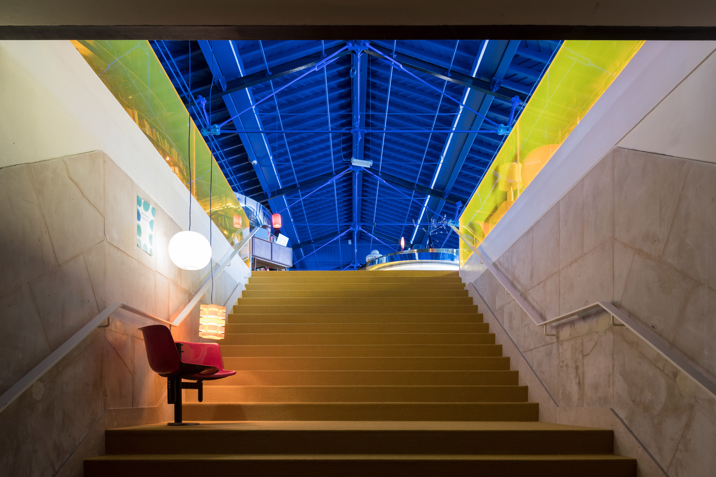second-home-lisboa-selgascano-interiors-offices-lisbon-co-working_dezeen_2364_col_2.jpg