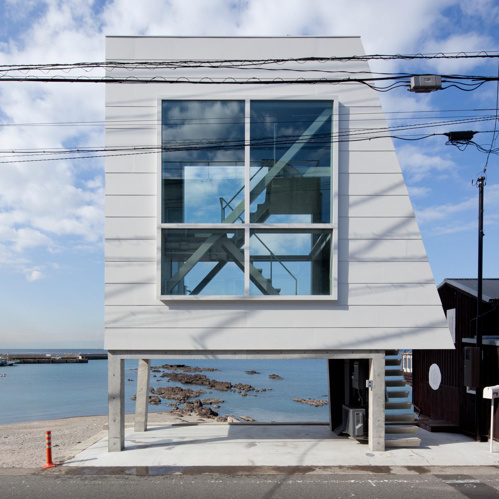 window-house-yasutaka-yoshimura-micro-homes-roundups-architecture_dezeen_sq-b.jpg