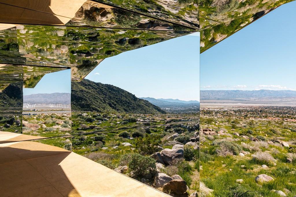 doug-aitken-mirage-mirrored-sculpture-cabin-palm-springs-california-5.jpg