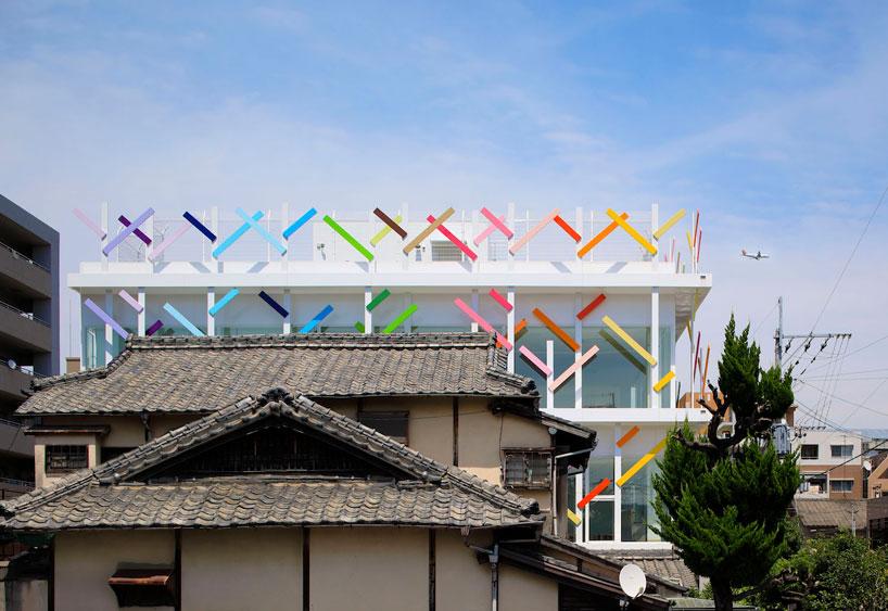 emmanuelle-moureaux-creche-ropponmatsu-kindergarten-japan-designboom-3.jpg