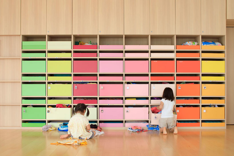 emmanuelle-moureaux-creche-ropponmatsu-kindergarten-japan-designboom-7.jpg