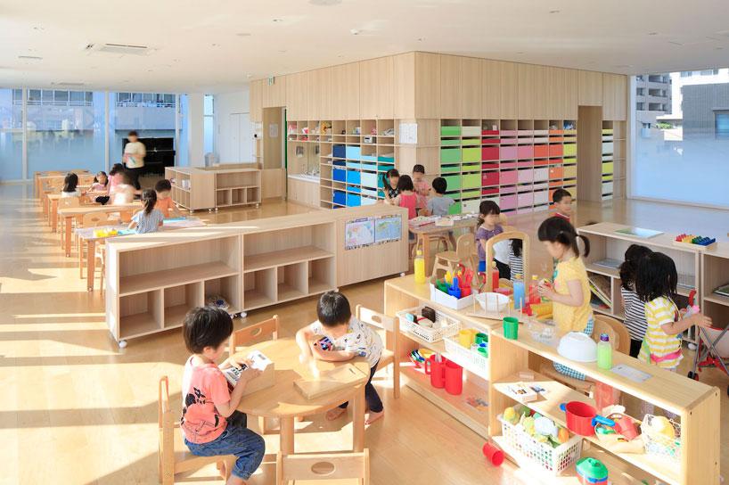emmanuelle-moureaux-creche-ropponmatsu-kindergarten-japan-designboom-8.jpg