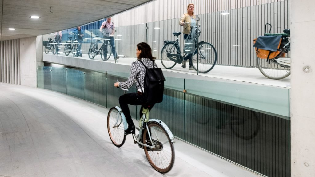 stationsplein-bicycle-parking-utrecht-architecture_dezeen_hero-1-1024x576.jpg
