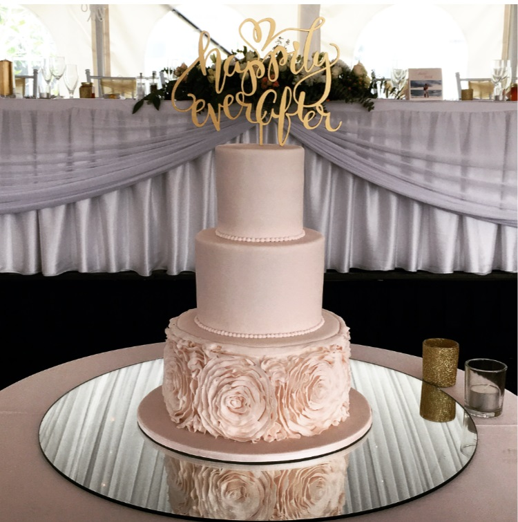 pretty-pink-wedding-cake-caversham-house