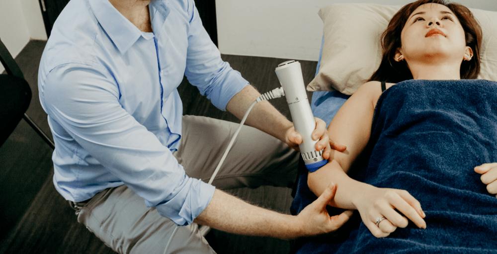 chiropractor singapore neck pain