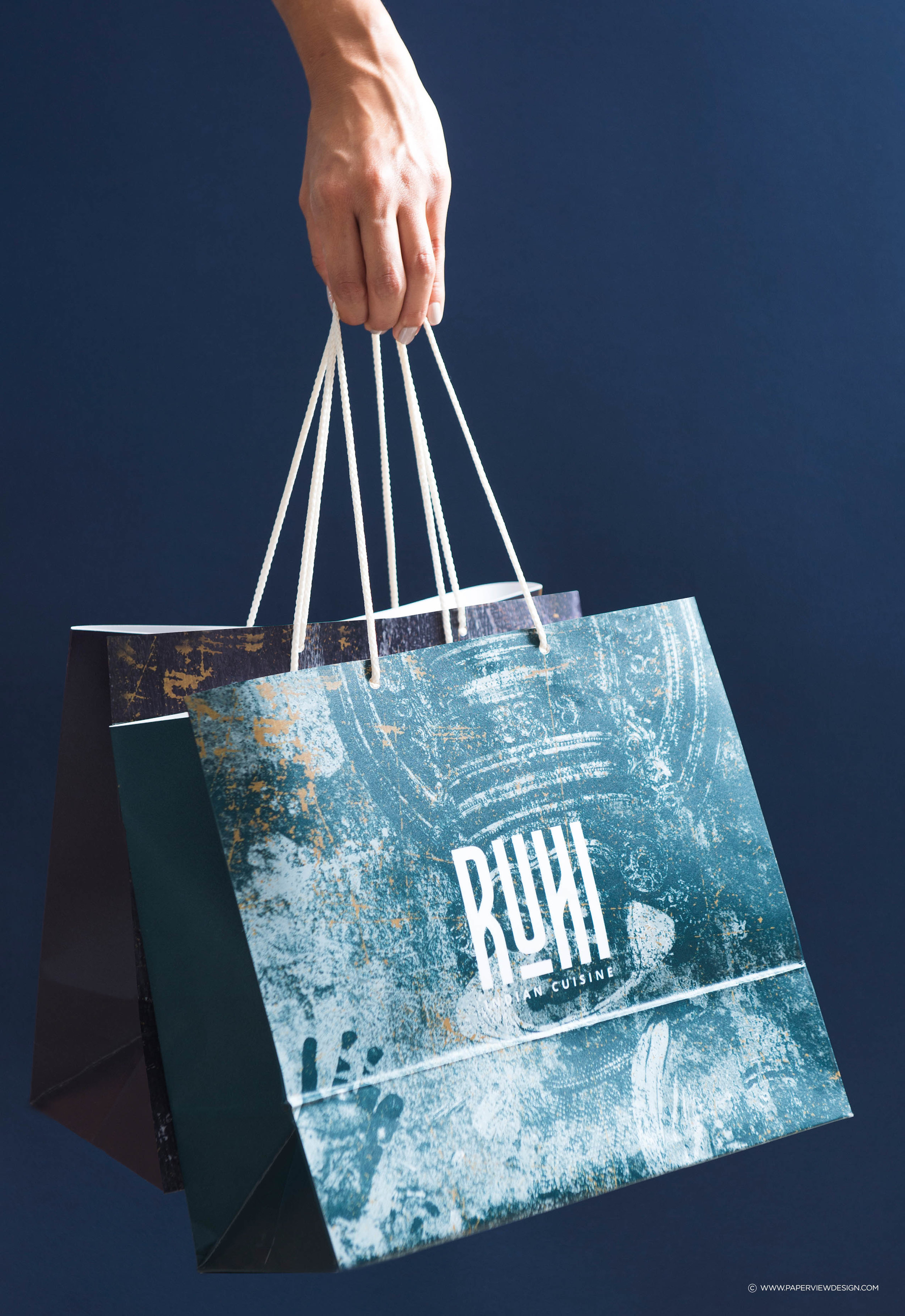 Ruhi-KSA-Indian-Restaurant-Cuisine-Identity-Branding-Takeaway-Bag-Delivery