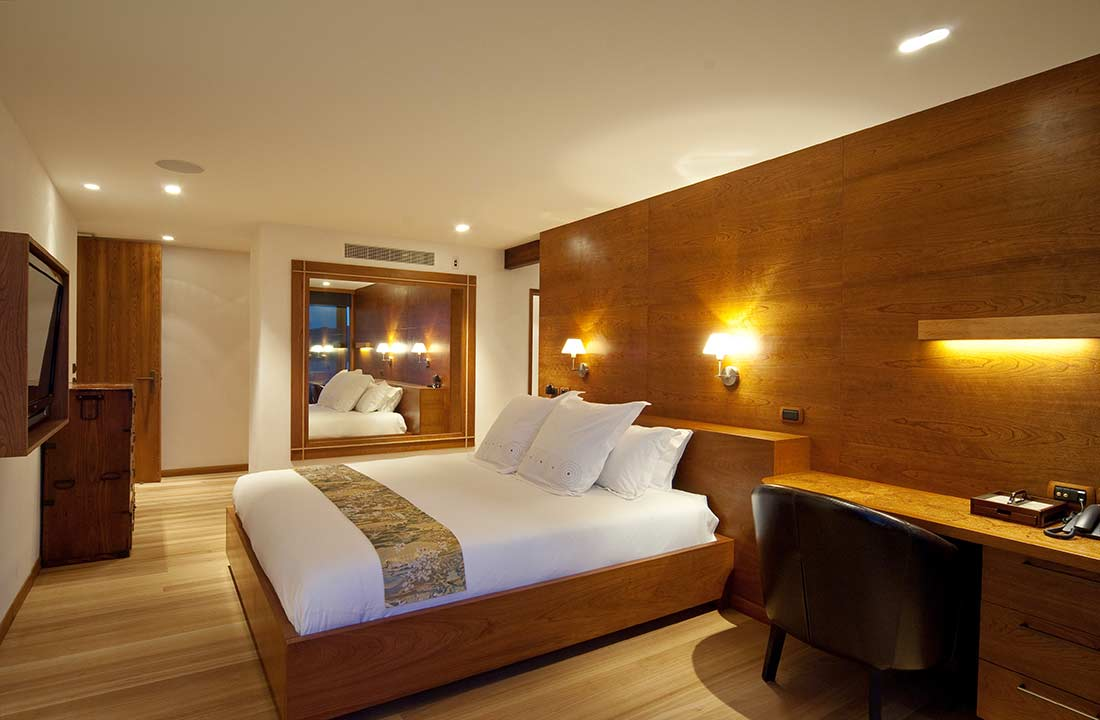 Fuji suite is lined with American cherry wood