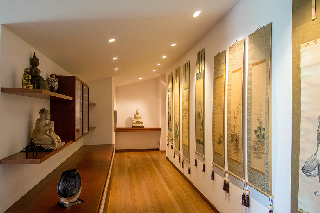 Asian art gallery