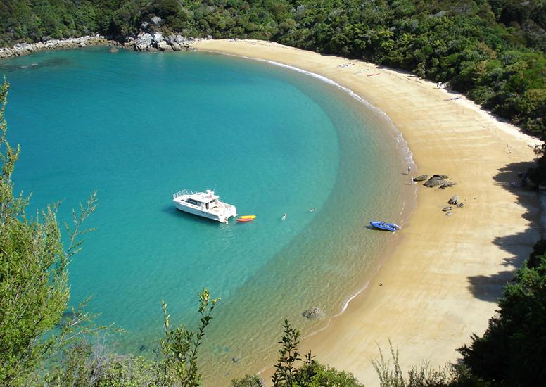 Boat trip into the Abel Tasman National Park