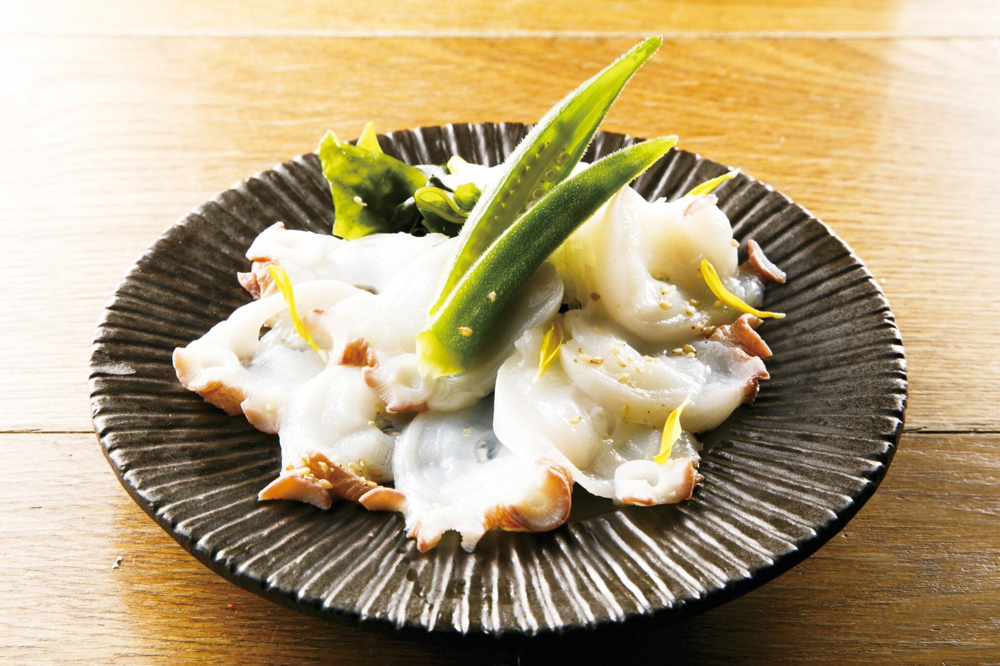 タコしゃぶポン Octopus Sashimi with Ponza Sauce (Lightly Cook) ($15)