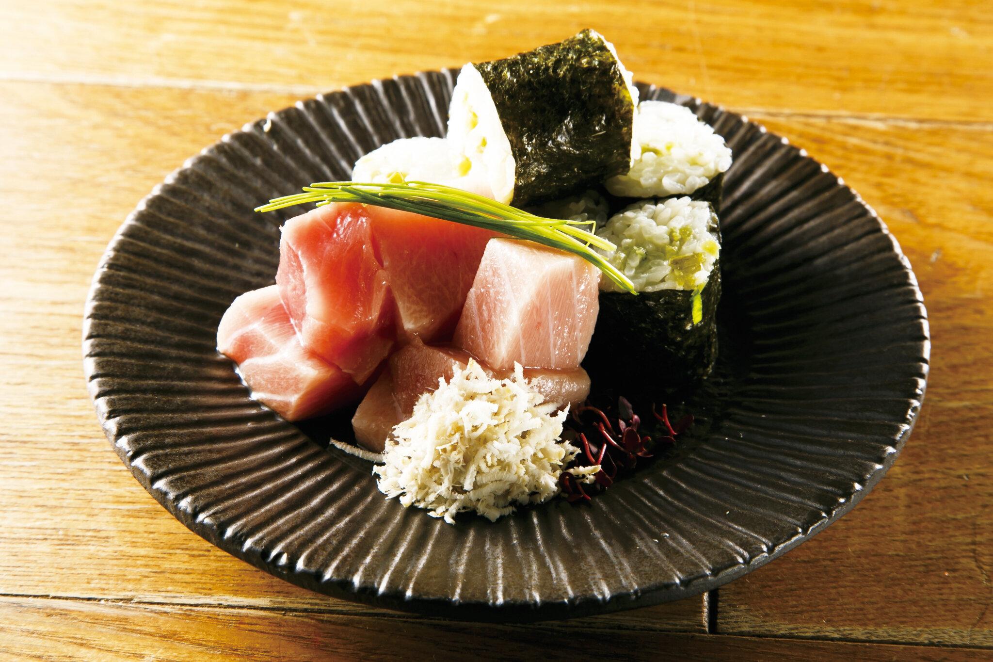 マグロぶつ Cut Tuna Sashimi  ($15)
