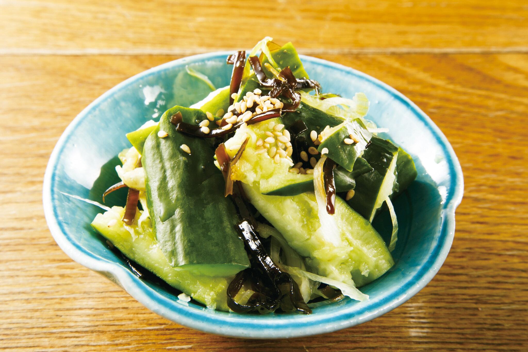 塩昆布きゅうり Cucumber marinated with Salted Seaweed & Sesame Oil ($5)