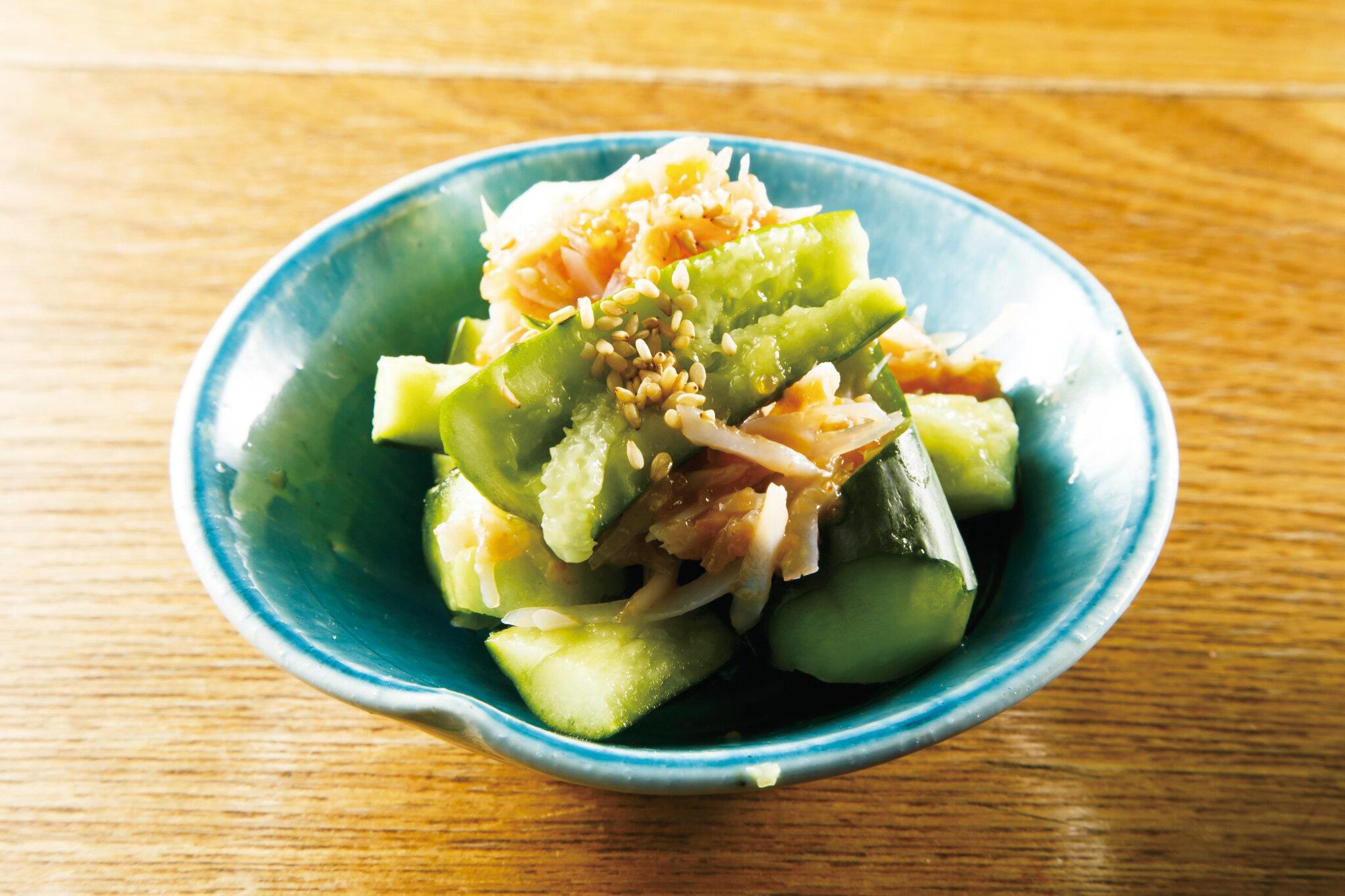 サメ軟骨梅肉きゅうり Cucumber with Soft Shark Bone & Plum ($6)