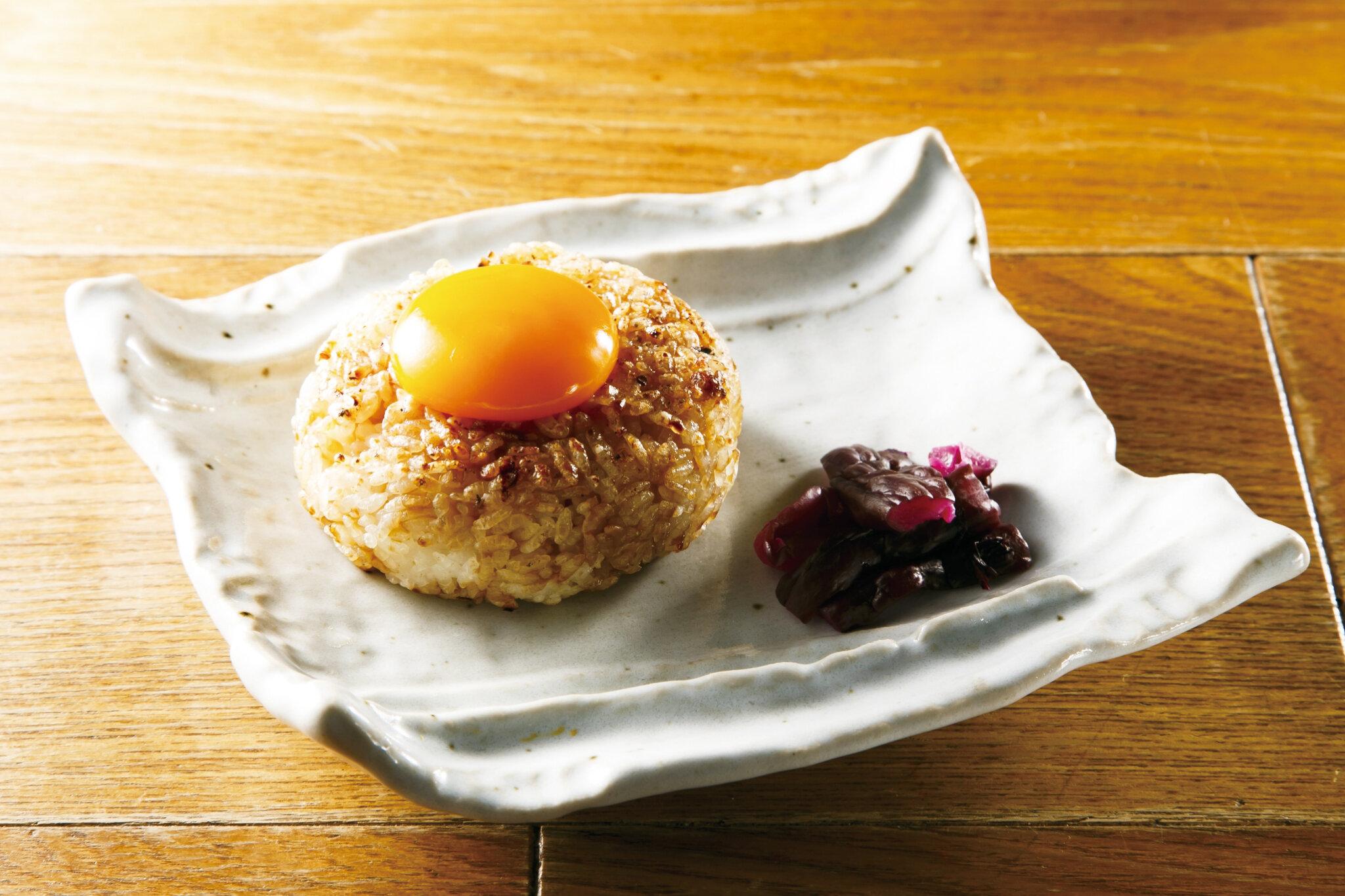 焼おにぎり 卵黄醤油 Grilled Riceball with Egg Yolk ($5)