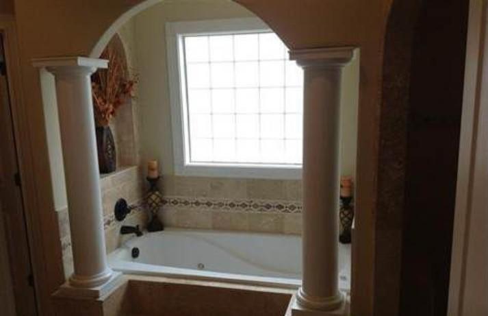 147 master bath.jpg