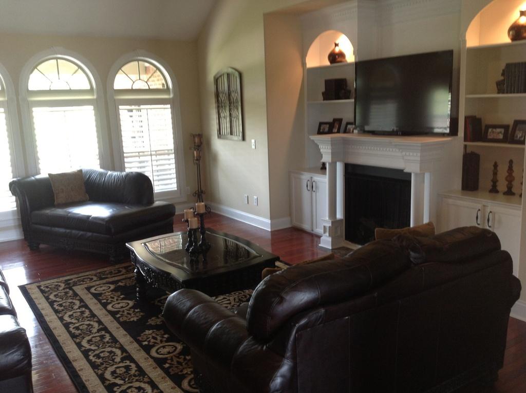 147 living room.jpg