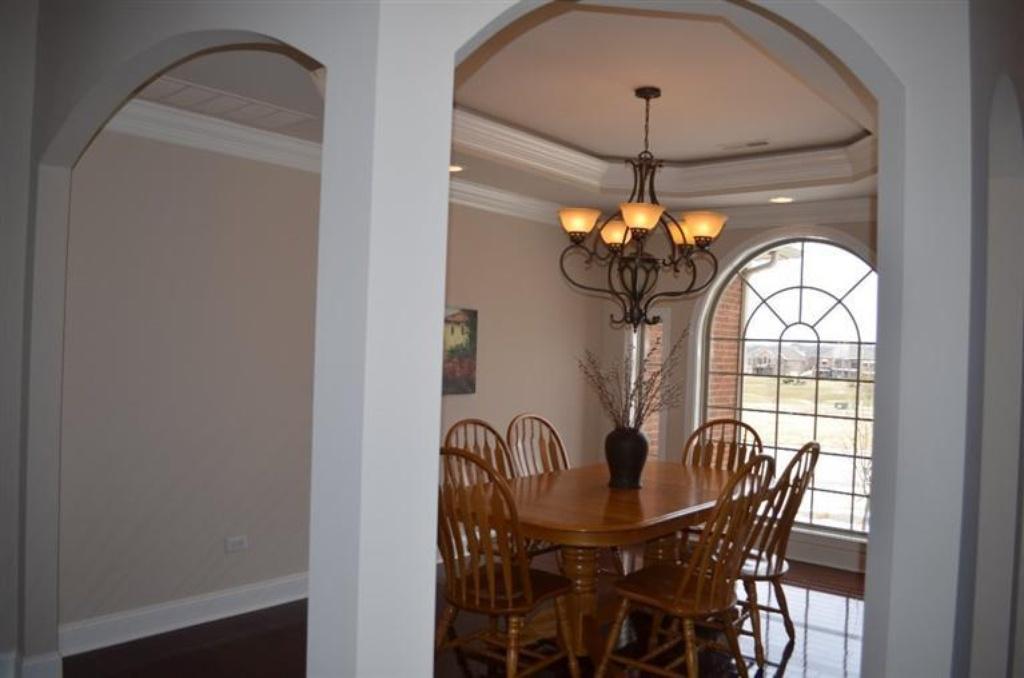 149 dining room.jpg