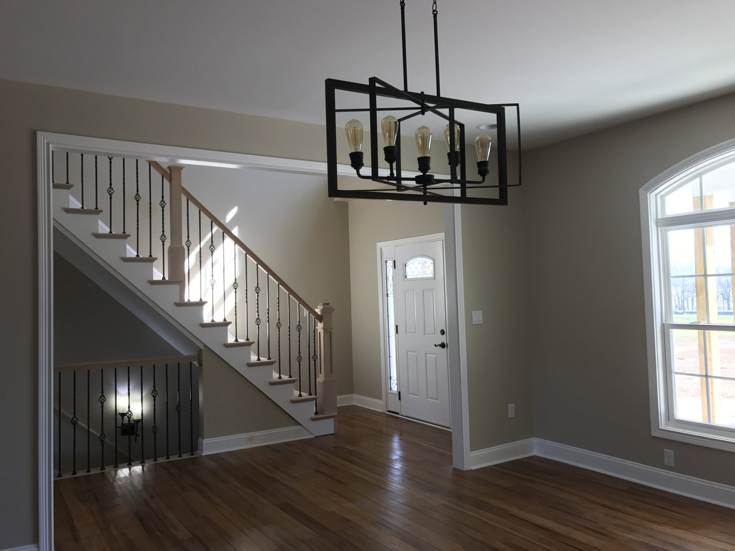 Beautiful lighting throughout this Spacious Splendor, gives this home just the right finishing touch.