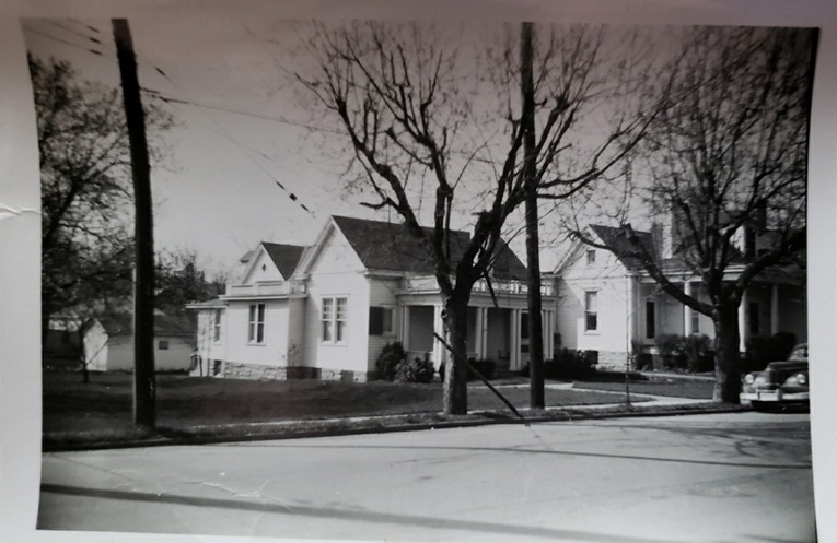Cira 1950 - Thanks to Family Connections, we found a picture of what the house looked like around 1950. What a difference!