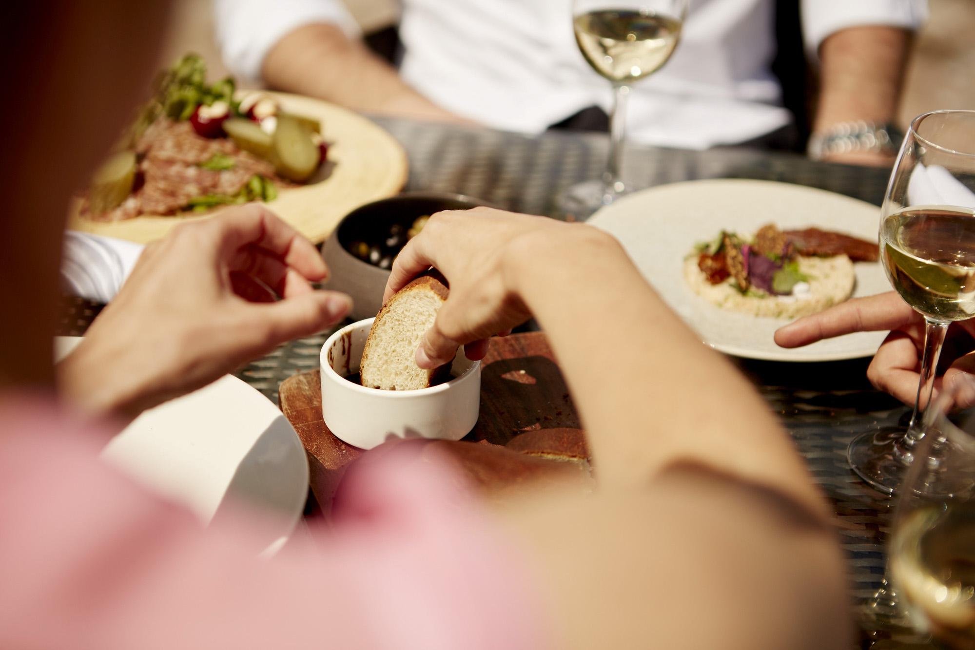 CM_ALFRESCO_DINING_032.jpg