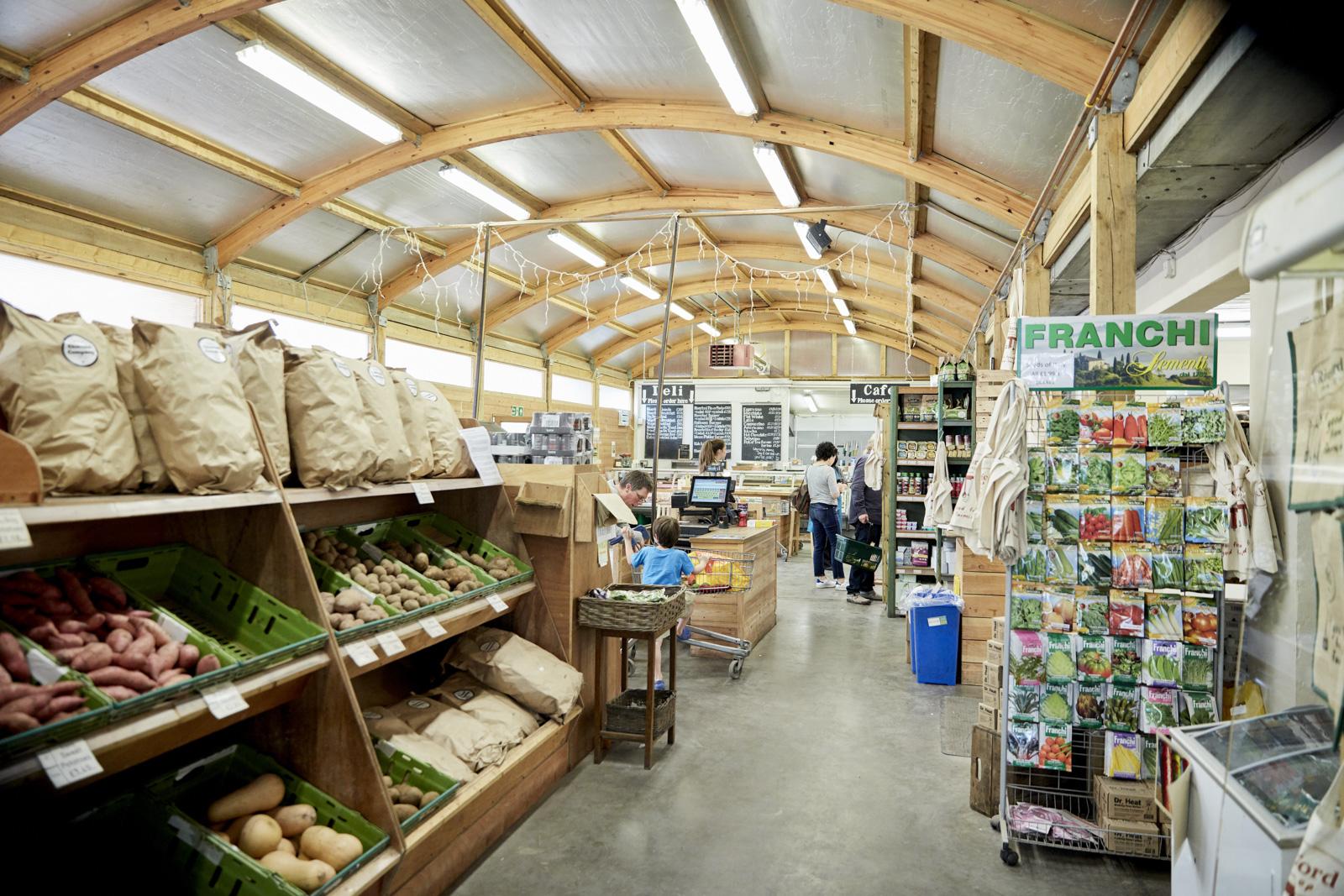 WALNUT_RIVERFORD_FARM_SHOP_005_LR.jpg