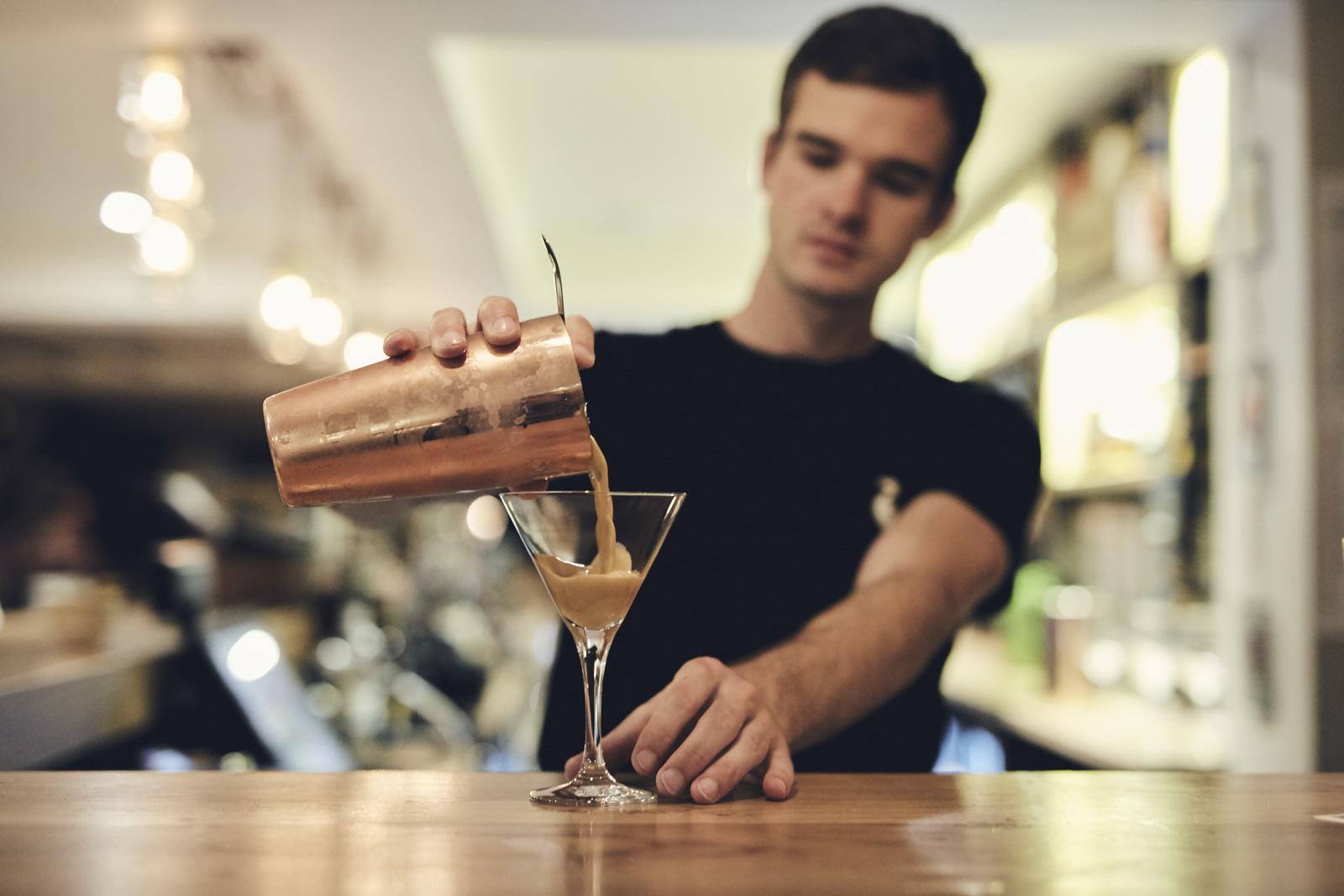 OLIVER_EDWARDS_THE_LITTON_DRINKS_014.jpg