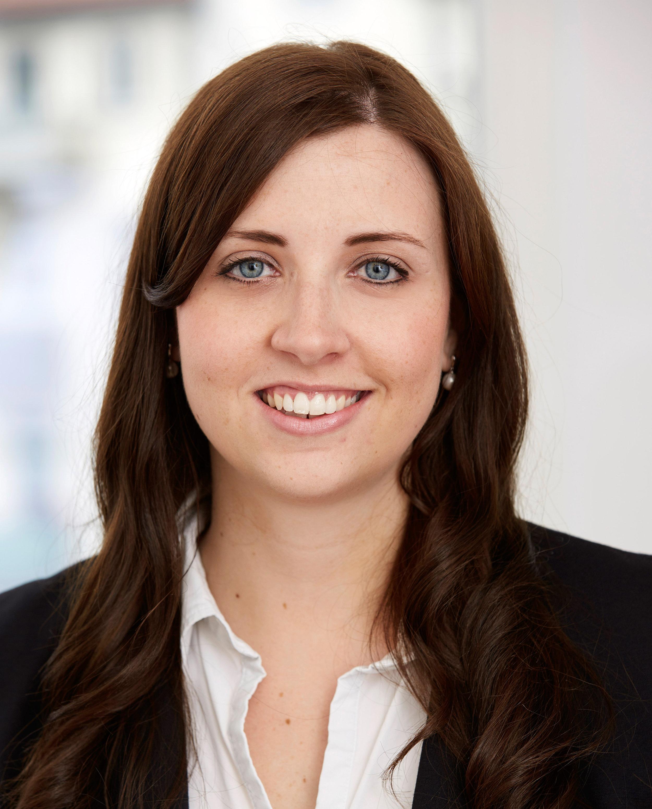 julia Neu, recruiting