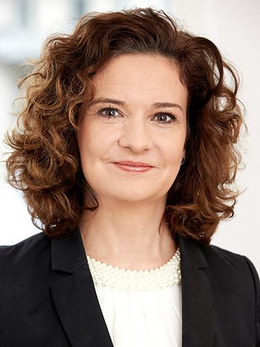 Petra Ozimek, CHRO und Standortleiterin München